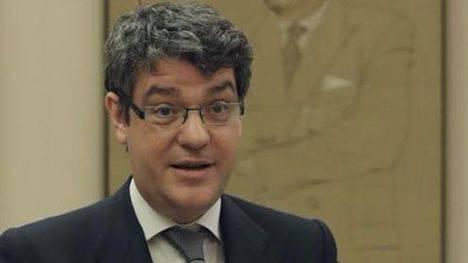 Álvaro Nadal anuncia que la próxima subasta de renovables se celebrará el 26 de julio