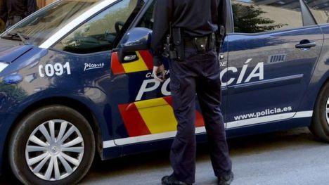 La Policía Nacional detiene a dos personas por su presunta implicación en un asalto con arma de fuego a un salón de juegos en Sevilla