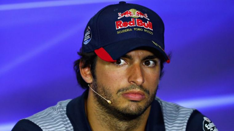 Carlos Sainz 'en manos de Red Bull'