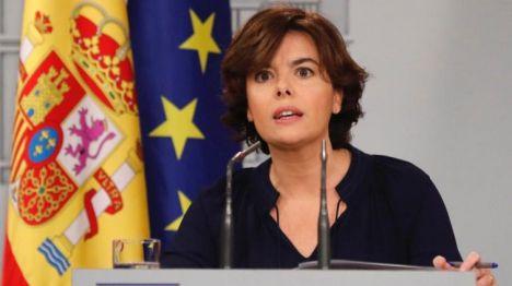 Sáenz de Santamaría: 'No ha habido referéndum ni apariencia de tal'