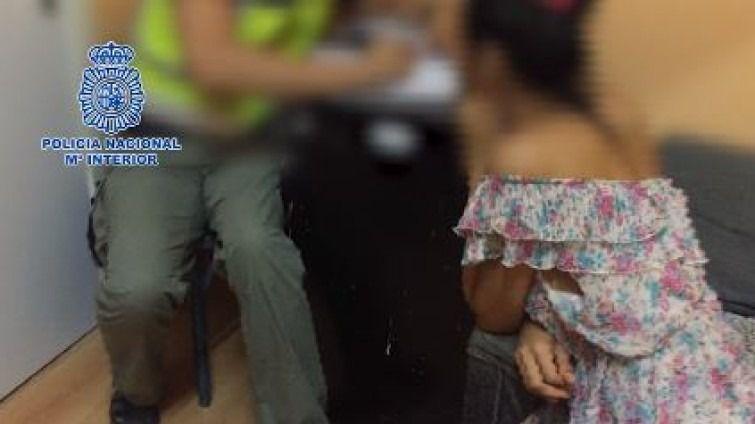 Detenida una pareja por explotar sexualmente a travestis y transexuales