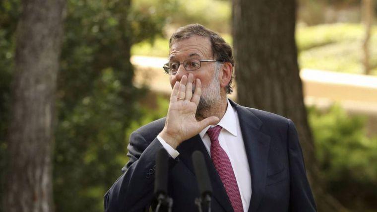 Rajoy insta a Puigdemont que rectifique