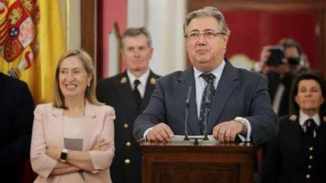 Zoido: 'En España nadie está preso por pensar de una forma u otra, sino por incumplir la Ley'