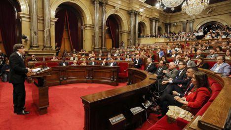 Puigdemont no cede y da la espalda al Senado