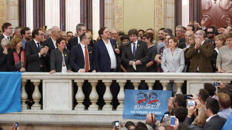 Cargos de rebelión, sedición y malversación contra Puigdemont y Forcadell