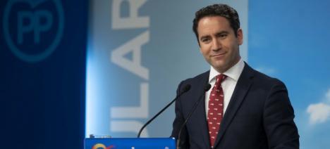 """García Egea afirma tener un """"contacto fluido"""" con Ciudadanos y Vox"""