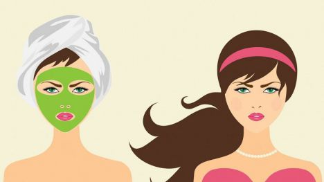La Policía Nacional interviene doce aparatos de medicina estética falsos en centros de belleza de once provincias