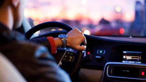 Identificado el conductor del vehículo que fue grabado mientras conducía de forma temeraria por la autovía A-30