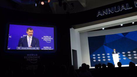 Felipe VI aboga por una UE fuerte en Davos