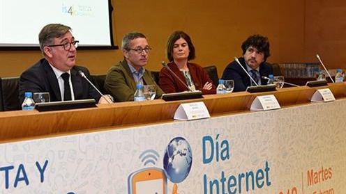 Marcial Marín destaca la competencia digital como uno de los principales ejes del Pacto de Estado Social y Político por la Educación