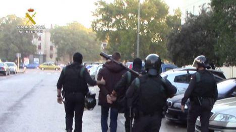 La Guardia Civil desarticula un grupo criminal itinerante especializado en robos violentos con armas de fuego