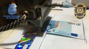 Desmantelado un taller clandestino de moneda falsa e intervenidos 70.000 euros falsos y 140.000 francos de República Centroafricana