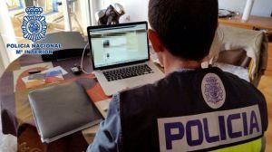 La Policía Nacional detiene a un groomer por acosar a menores de edad a través de Internet