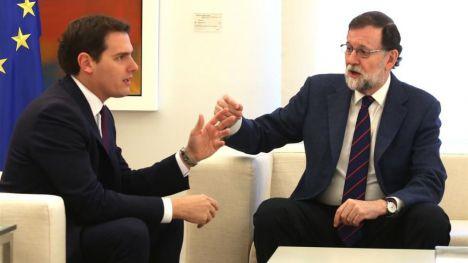 Rajoy ignora las pretensiones de Rivera sobre el 155