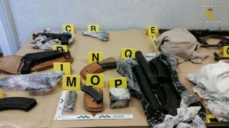 Desarticulada una organización criminal, asentada en los Balcanes, dedicada al tráfico de armas