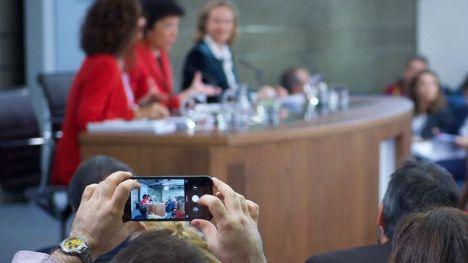 """Sánchez aboga por unos presupuestos para """"combatir la desigualdad, mejorar la cohesión territorial y modernizar la economía"""""""