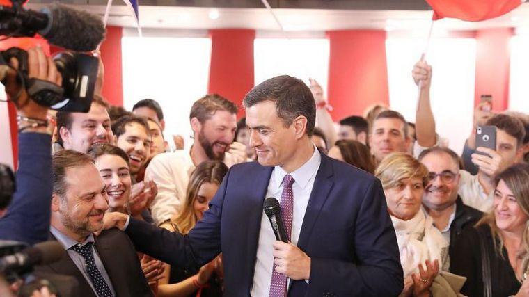 Sánchez celebra su 'clara victoria' en el debate