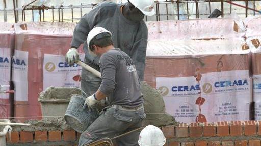 Crece la media de trabajadores extranjeros afiliados a la Seguridad Social