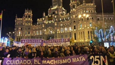 España clama contra la violencia de género