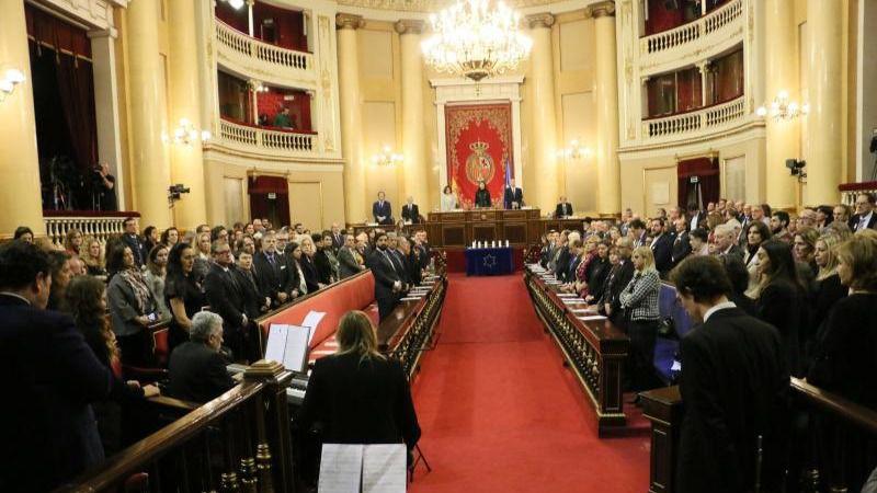 Calvo asegura que el Gobierno trabajará para 'impedir' que se olvide y niegue el Holocausto