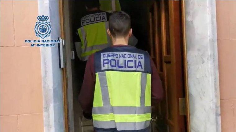 Detenidas tres personas por conspirar para acabar con la vida de un hombre