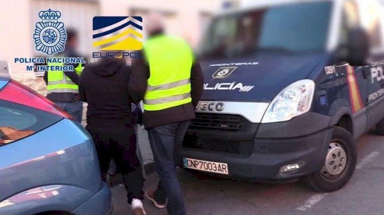 Cae una organización de proxenetas que vendía mujeres a 6.000 euros