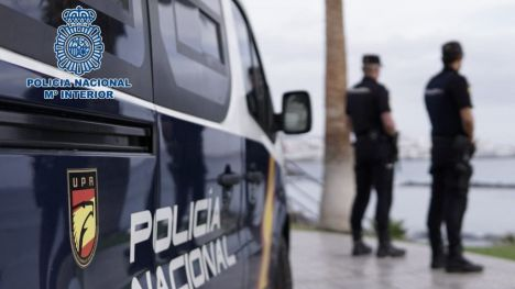 Roban más de 200.000 euros a una anciana tras golpearla brutalmente