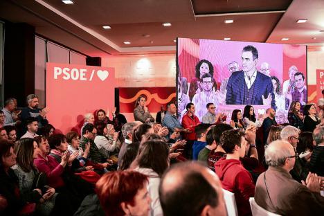 """Sánchez: """"Hay que votar contra los que reducen la política a la crispación y la mentira"""""""