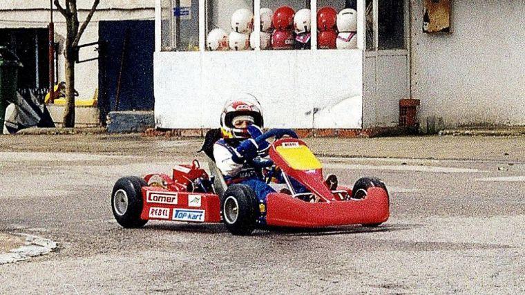 Carlos Sainz Jr. ficha por Ferrari