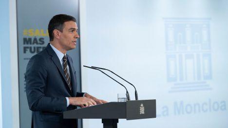 Sánchez informa a las comunidades del nuevo reparto de fondos y de una 'nueva normalidad' consensuada