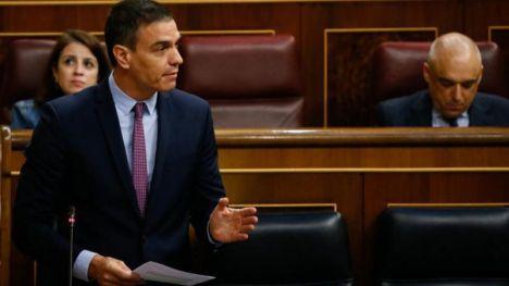 Sánchez exige a Casado arrimar el hombro y velar por los intereses de España en la UE