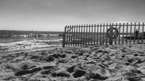 Ecologistas en Acción otorga 48 'banderas negras' a zonas costeras degradadas en España