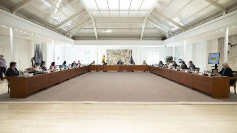 El Gobierno aprueba un paquete de 50.000 millones para mantener el empleo, el plan Renove 2020 y medidas para apoyar al sector turístico
