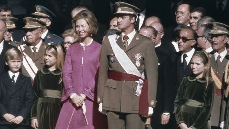¿A un paso de la República? Juan Carlos I abandona España