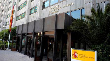 El Gobierno rechaza la decisión de Trump de mantener los aranceles a productos españoles