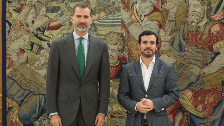 El ministro Garzón afirma que el rey Juan Carlos 'ha robado a mansalva porque la institución lo permitía'