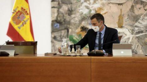 Sánchez propondrá más medidas de 'cogobernanza' con las comunidades para frenar la pandemia