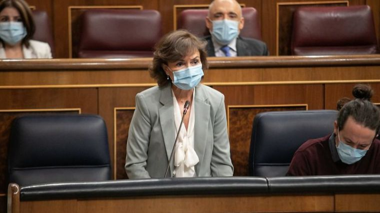 Calvo considera 'ridículo y contradictorio' que el PP pida bajadas de impuestos y la subida del gasto