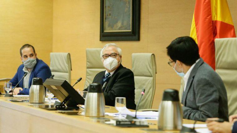 Castells propondrá a los rectores 'sancionar' y 'convencer' a universitarios que incumplan las recomendaciones sanitarias