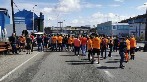 Sigue el conflicto de Alcoa: Gobierno y Xunta se alían para frenar el conflicto