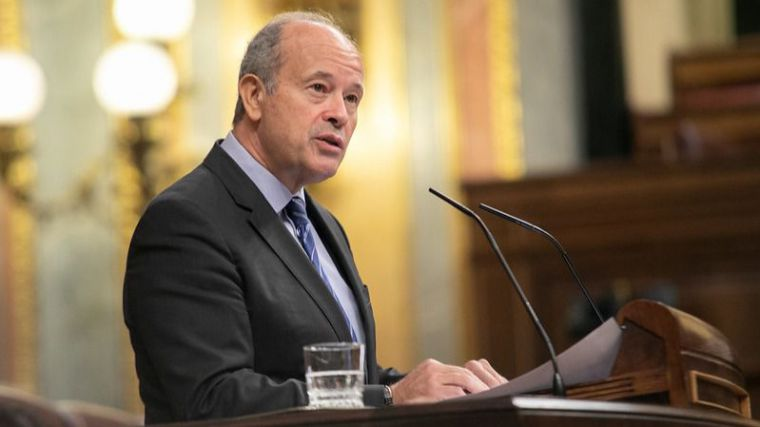 Campo invita a la oposición a sumarse al proyecto constitucionalista y 'abandonar la vía del griterío'
