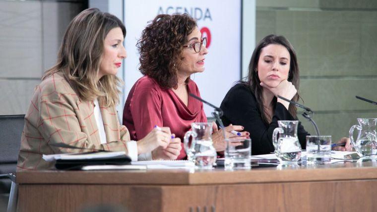 El PSOE denuncia el acoso del PP a la ministra de Igualdad