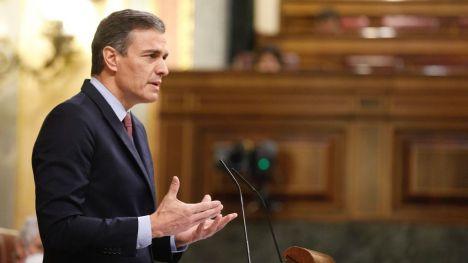 Sánchez acusa a Abascal de promover