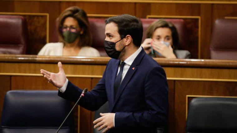 Garzón confirma estar explorando cómo bajar el IVA de las mascarillas
