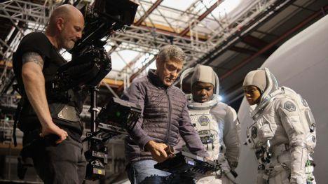 Netflix lanza el trailer de 'Cielo de medianoche' con George Clooney
