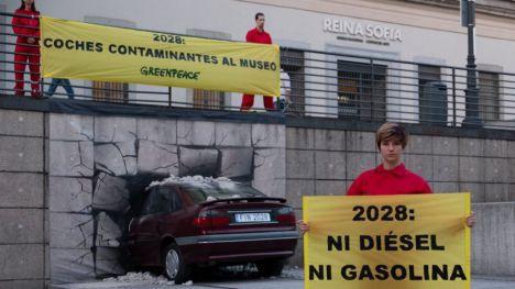Greenpeace carga contra la subvención al diésel que