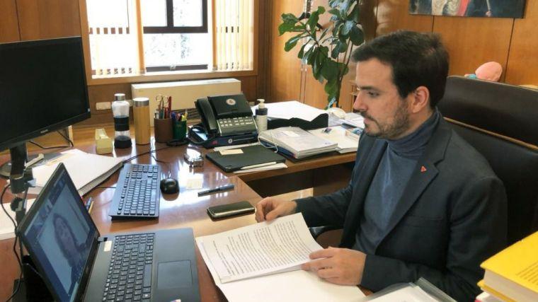 Garzón invita a 'escuchar a la juventud sin paternalismo' y 'sin miedo a su naturaleza crítica'