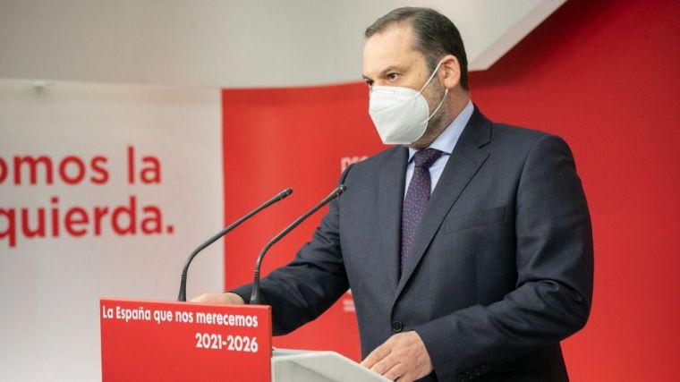 Ábalos: 'Casado lidera el partido de la corrupción y también el de la destrucción'