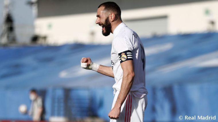 Benzema ha marcado el primer gol madridista en ocho partidos