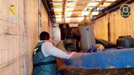 Desarticulada una red que introducía toneladas de hachís desde Portugal a Huelva por mar, con pilotos de Cádiz y Ceuta